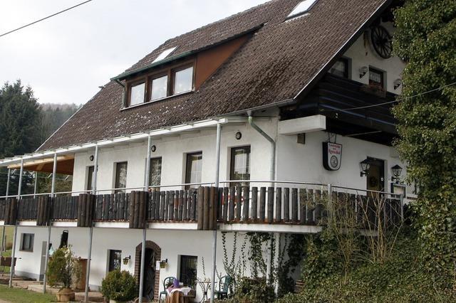 Der Reminihof bei Wittelsbach hat einen Gastraum mit Jagdtrophäen