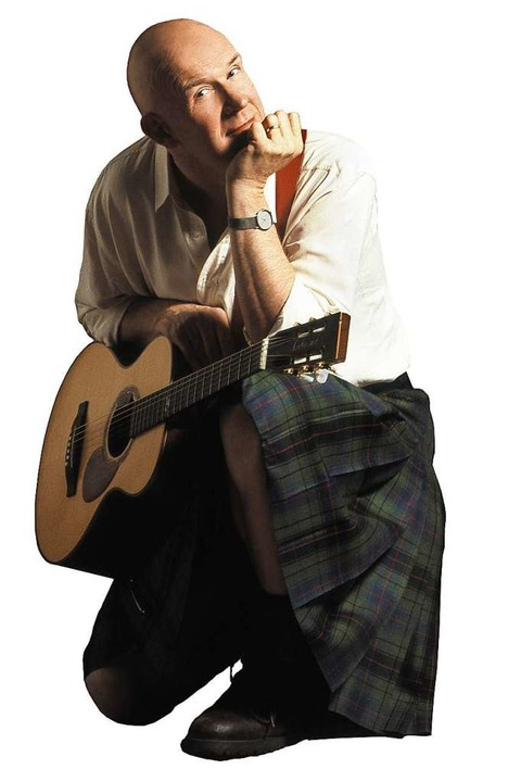 Julian Dawson bei seinem Auftritt 2019...inger und Songwriter wieder in Riegel.    Foto: veranstalter