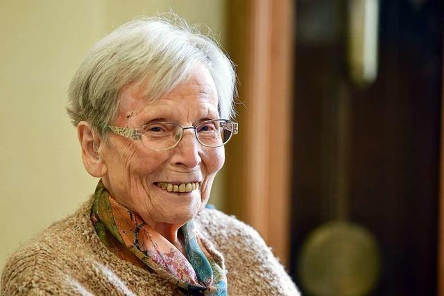 Maria Hermle feiert im Freiburger Katharinenstift ihren 100. Geburtstag – wegen Corona etwas später