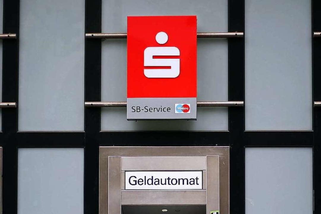 Symbolbild: Die Sparkasse in Pfaffenweiler schließt  | Foto: Oliver Berg
