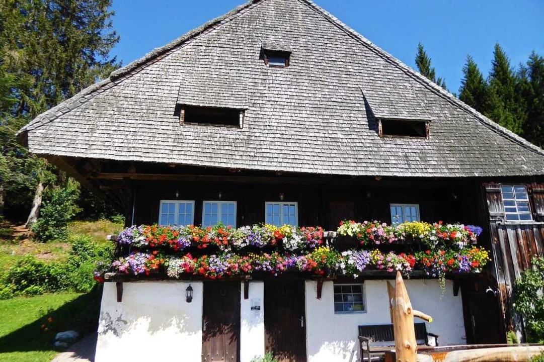Nach wenigen Metern schon Schwarzwald vom Feinsten: die Rankmühle.    Foto: Michael Neubauer