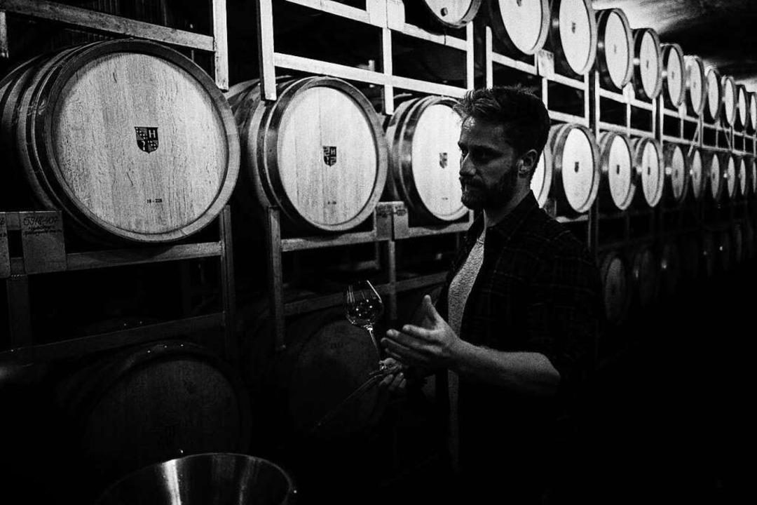 Wo der Wein reift: Julian Huber in Malterdingen.  | Foto: Felix Groteloh