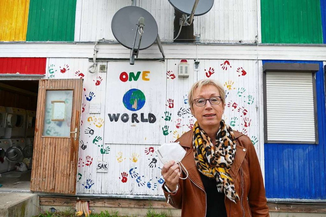 Britta Lanzendorf ist neue Leiterin de...aske hat sie nur fürs Foto abgenommen.    Foto: Victoria Langelott