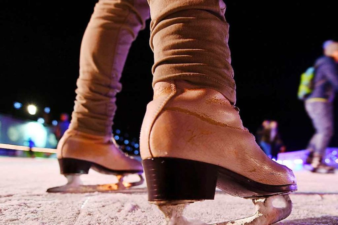 Eislaufen unter freiem Himmel – ...cheiden sich die Geister. (Symbolbild)  | Foto: Uli Deck
