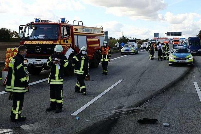 Unfall nach mutmaßlichem Rennen mit Luxusautos in Hessen