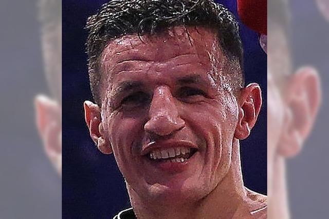 Boxweltmeister im dritten Anlauf