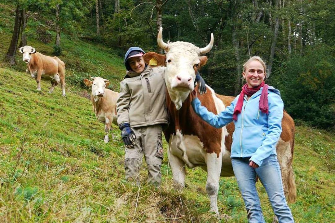 Antonia Wetzel züchtet Hinterwälder in...eklagt allerlei Auflagen und Vorgaben.    Foto: Willi Adam