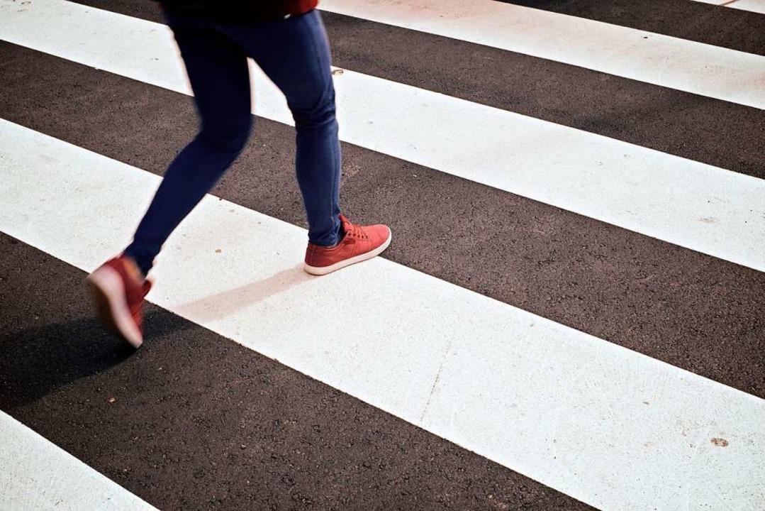 Fußgänger wollen sicher unterwegs sein.  | Foto: Pedro Salaverria / stock.adobe.com