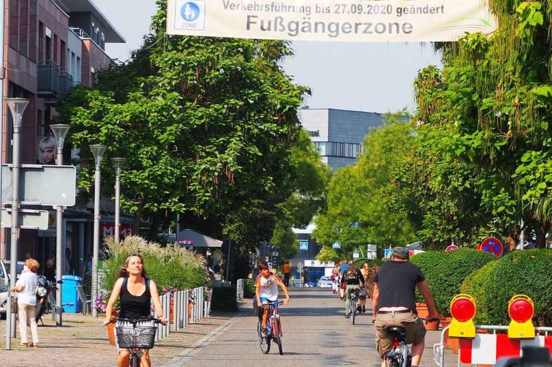 Vor allem Radfahrer haben die Fußgänge...in der Innenstadt mit Freuden genutzt.    Foto: Herbert Frey