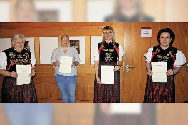 Trachtengruppe freut sich über Zuwachs