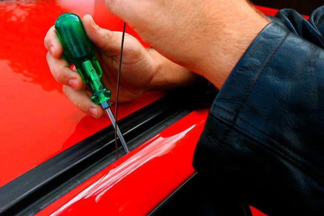 Besonderes Werkzeug brauchte der mutma...f unverschlossene Autos spezialisiert.  | Foto: Heiko Wolfraum