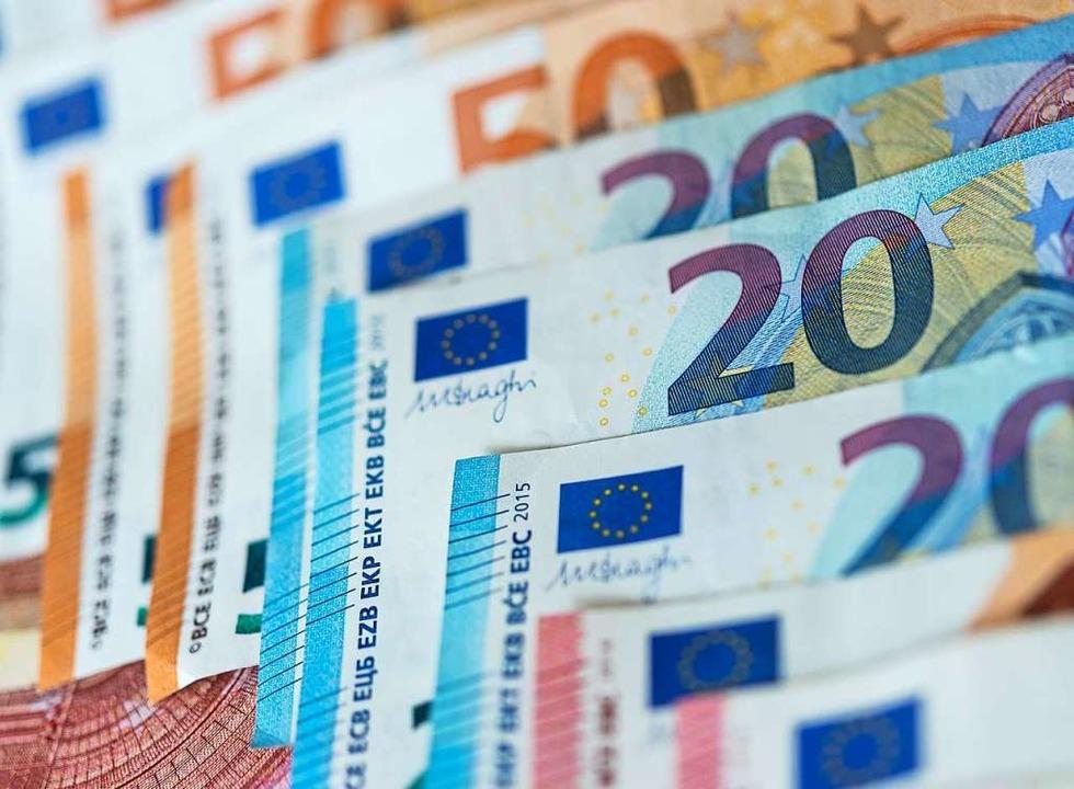 Eine Million Euro Überbrückungshilfe h...ierendenwerk an Studierende ausgezahlt  | Foto: Monika Skolimowska (dpa)