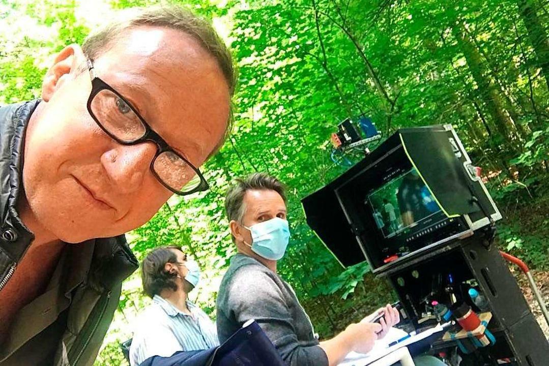 Werner Siebert (rechts) und Mike Maas ...Dreharbeiten unter Corona-Bedingungen.    Foto: privat
