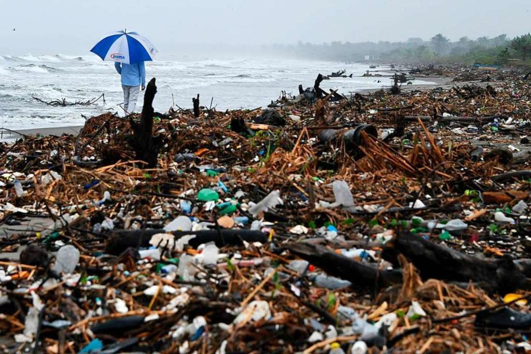 Müllberge am Strand von Omoa    Foto: ORLANDO SIERRA