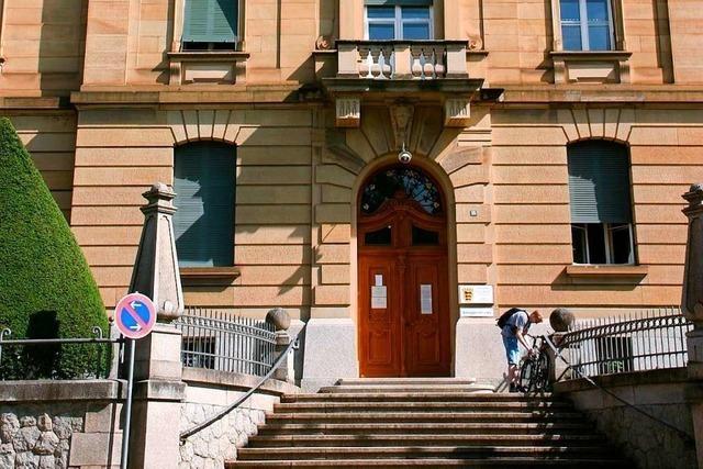 Lahrer Amtsgericht verurteilt Mann wegen Geldwäsche mit Amazon-Gutscheinen
