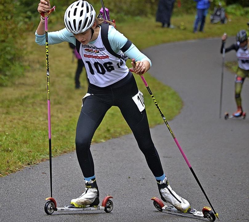 Zweite im Skiroller-Sprint: Sophia Weiß vom SC Todtnau  | Foto: Helmut Junkel