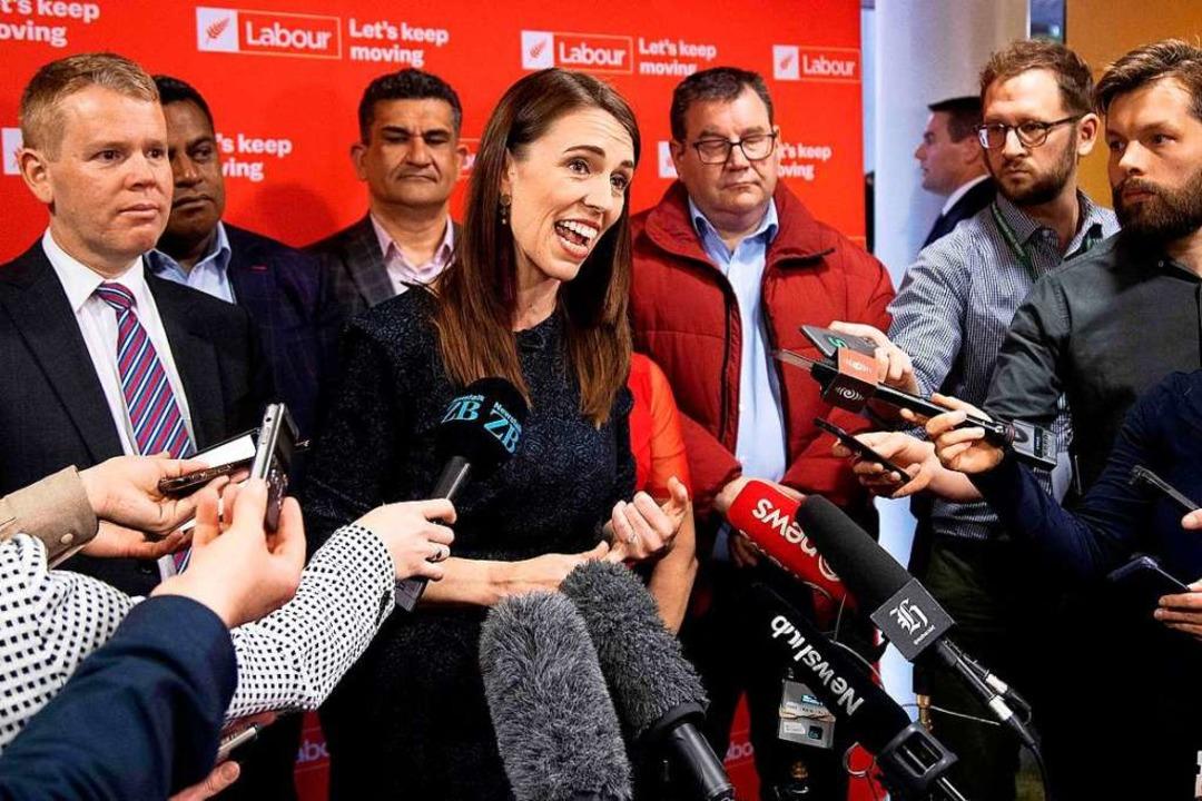 Jacinda Ardern am Dienstag bei einem Wahlkampftermin in Wellington.  | Foto: MARTY MELVILLE (AFP)