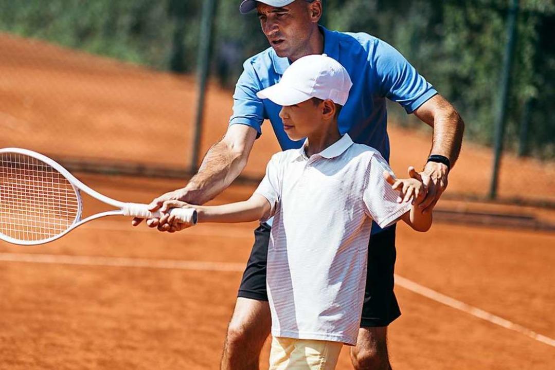 Körperliche ist oft Teil von Sportunterricht – doch  | Foto: Stevica Mrdja (Adobe Stock)