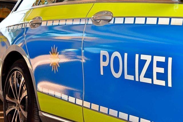 Unbekannter stiehlt eine Aktentasche aus einem unverschlossenen Auto in Lörrach