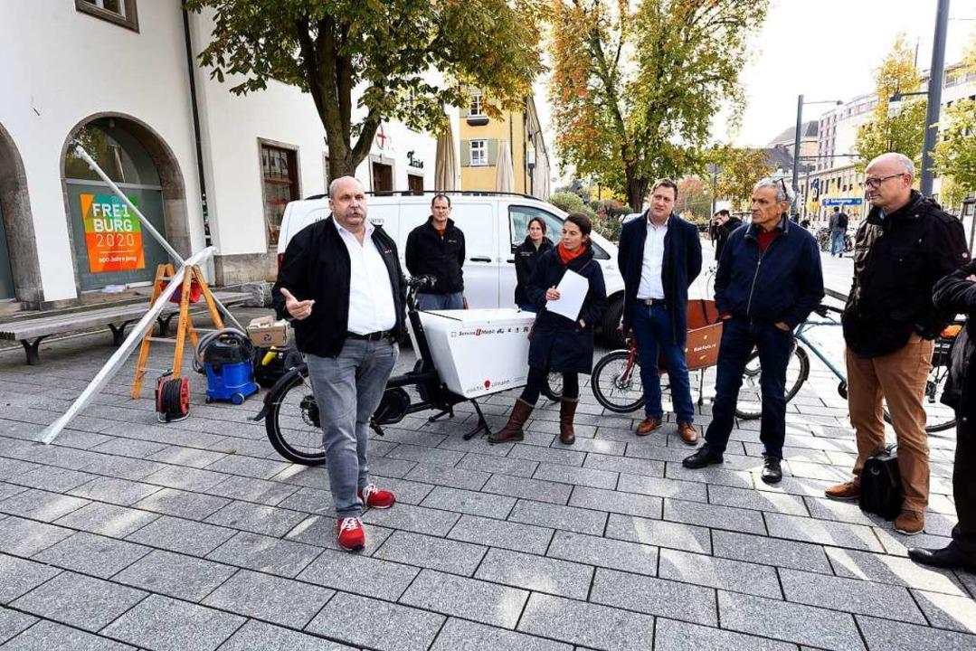 Reiner Ullmann vom gleichnamigen Elekt...eiten in der Freiburger Innenstadt ab.  | Foto: Thomas Kunz