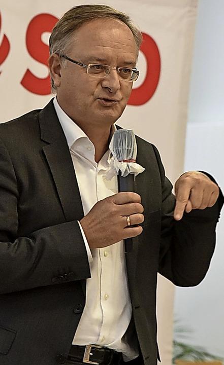 Der SPD-Landesvorsitzende und ehemalig...h bei einer Veranstaltung in Kollnau.     Foto: Benedikt Sommer