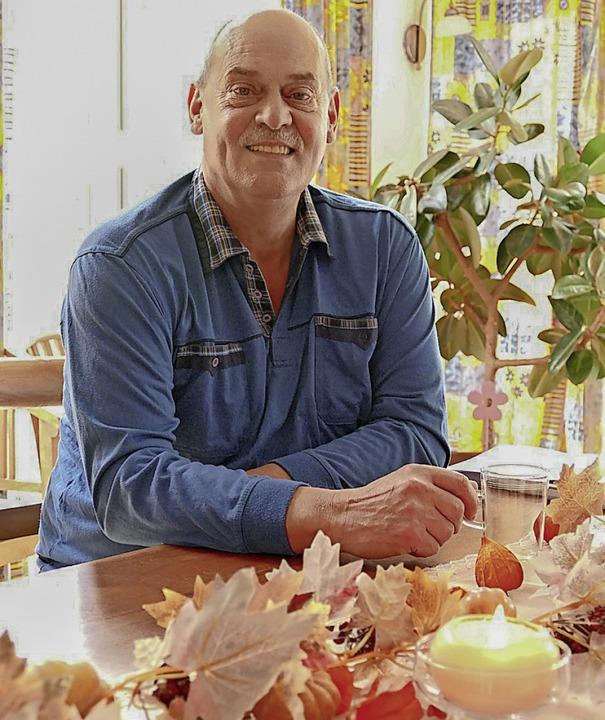 Ein Mann mit zwei Leben:  Peter Saum    Foto: Tanja  Bury