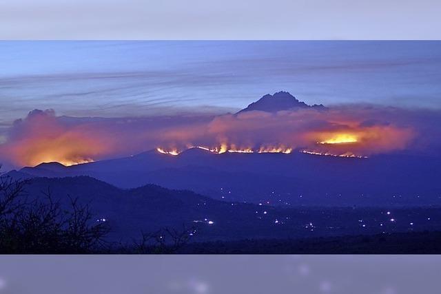 Feuer am Kilimandscharo lodert weiter