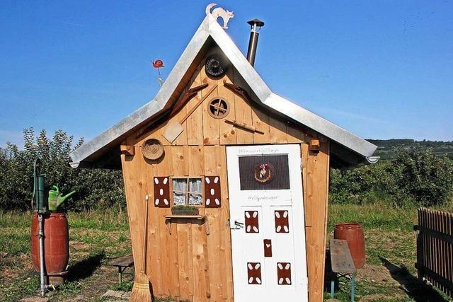 In Burkheim gibt es einen märchenhaften Garten mit einem Knusperhäuschen wie bei Hänsel und Gretel