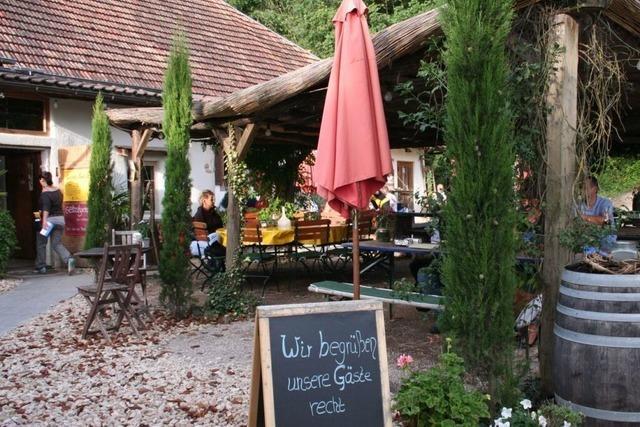 Vorbei an Mammutbäumen zur Martinshof-Schenke im Liliental