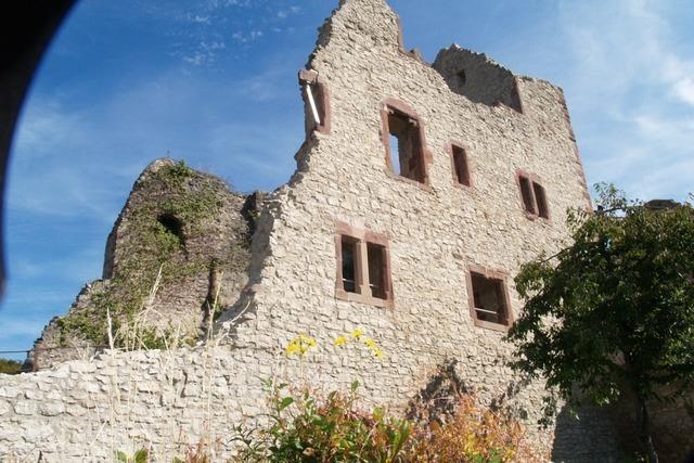 Brägele bei Ritter Kunibert in der Winzerschenke Burg Café Landeck