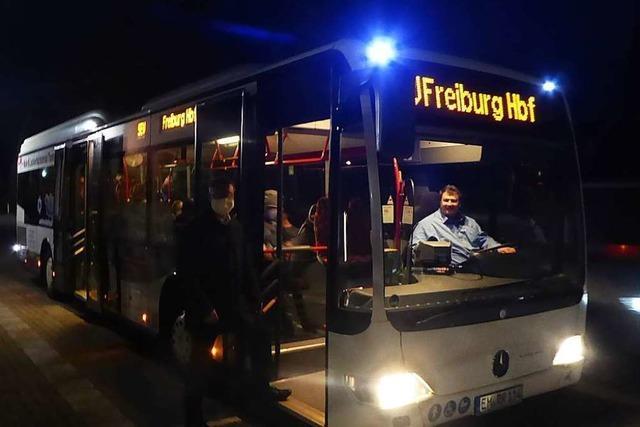 Zwei Busse sollen jetzt morgens die Breisgau-S-Bahn entlasten