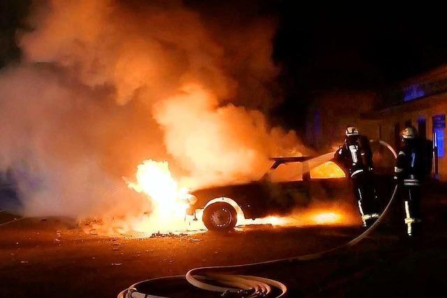 Erneut brennt ein Auto im Lahrer Westen – Familienstreit könnte Hintergrund sein