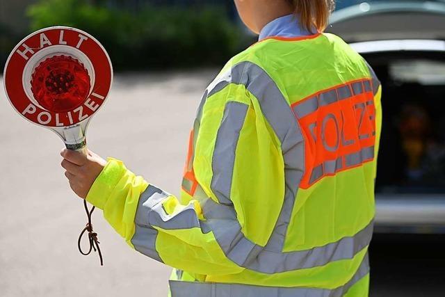 Autofahrer ist unter Drogeneinfluss und mit mutmaßlichem Diebesgut unterwegs