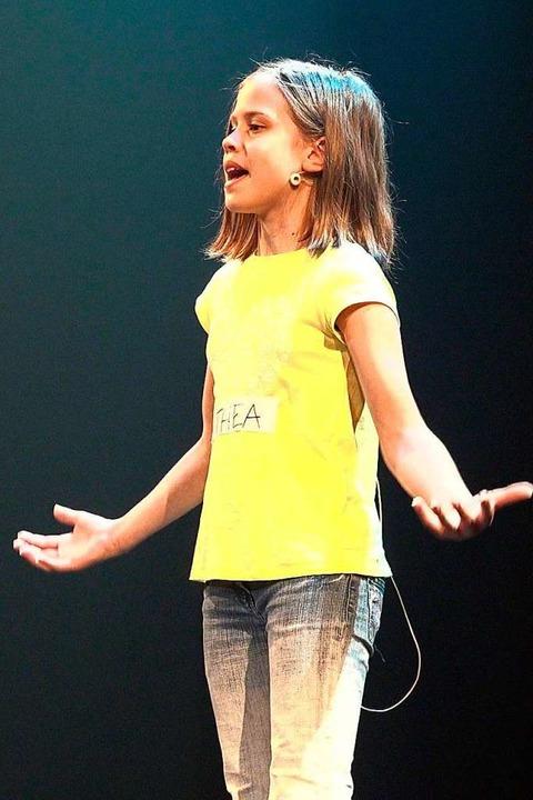 Die zehnjährige Thea Burger singt im Musical die Luella.  | Foto: Gloria Theater/ZvG