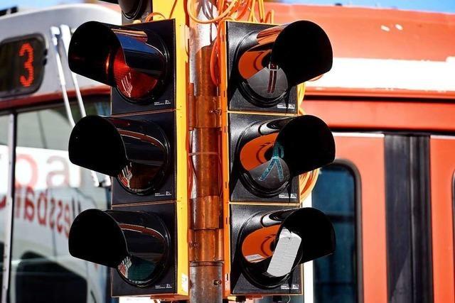 Sperrung der A98: Ampel soll Verkehrsfluss in Degerfelden verbessern