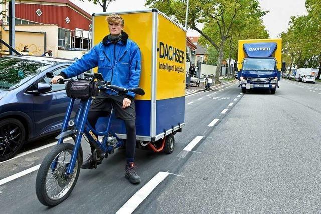 Lieferverkehr könnte in der Freiburger Innenstadt bald mit Elektro-Rad verteilt werden