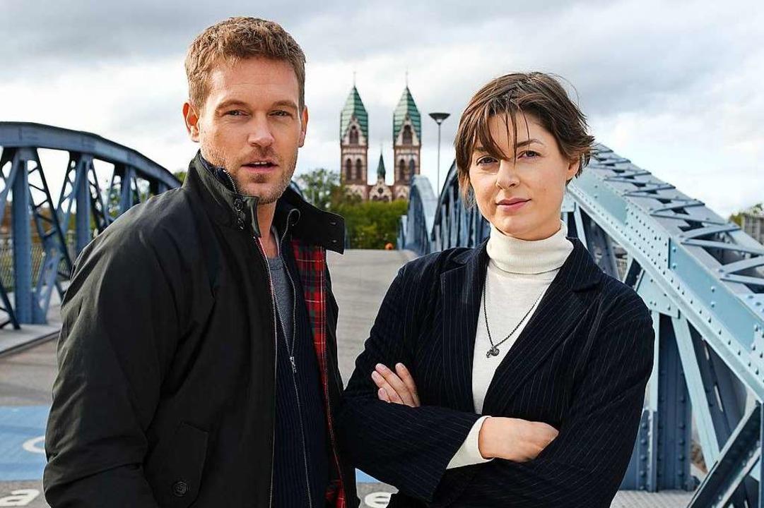 Die Hauptdarsteller: Der in Müllheim g...iefer und Kollegin Katharina Nesytowa.  | Foto: ZDF/Barbara Bauriedl