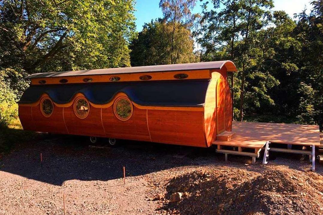 Ein Bauwagen wie dieser könnte der Wal...gartengruppe  als Unterschlupf dienen.  | Foto: Mehr Raum für Kinder