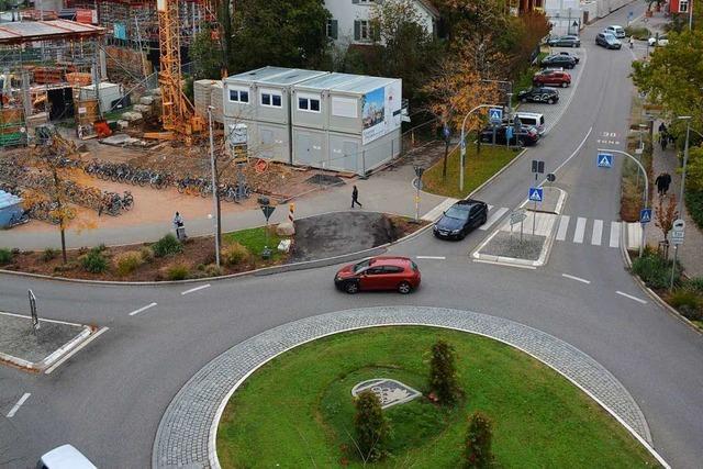 Verkehrsberuhigung beim neuen Weiler Center lässt auf sich warten