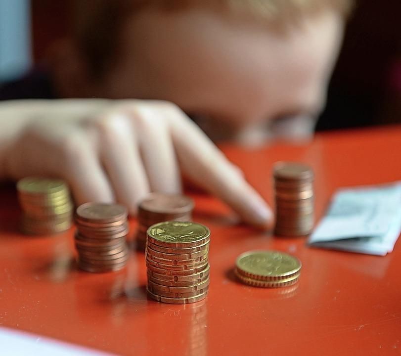 Auch in Deutschland sind Kinder und Ju... Ihnen will das Projekt Silky helfen.   | Foto: Jens Kalaene (dpa)