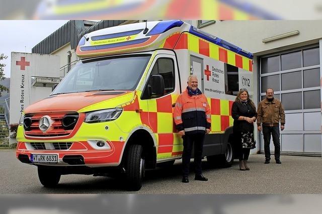 Neuer Rettungswagen trägt Karomuster