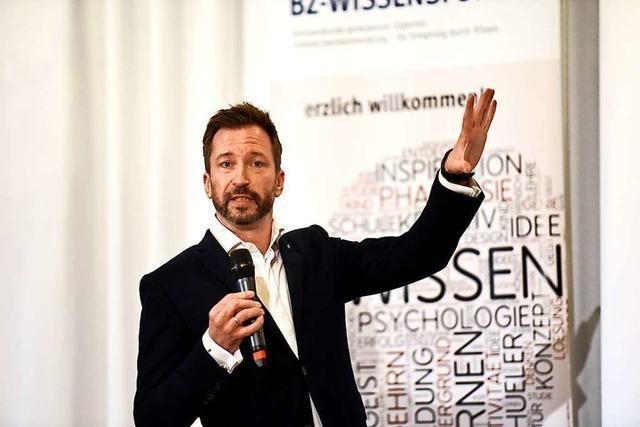 Rhetorik-Coach René Borbonus erklärt, wie man gute Reden hält