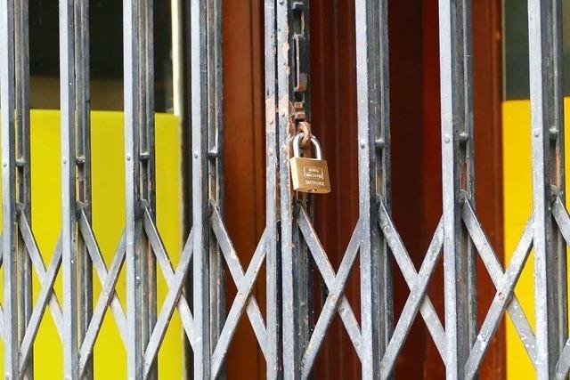 Die geschlossenen Bars an der Rheinfelder Friedrichstraße können wieder öffnen