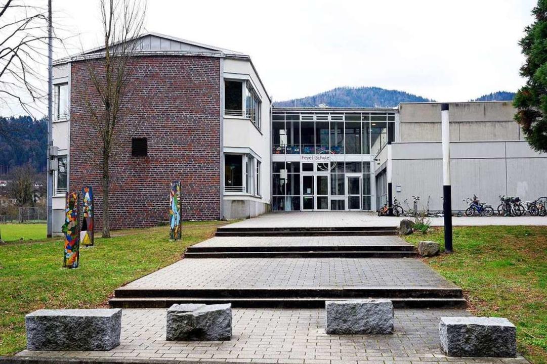 Der Neubau der Feyel-Grundschule ist e...ss aber schon wieder erweitert werden.  | Foto: Thomas Kunz