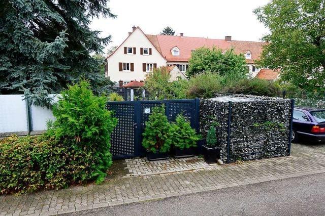Gericht muss entscheiden, ob ein Gartentor in die denkmalgeschützte Gartenstadt in Freiburg passt