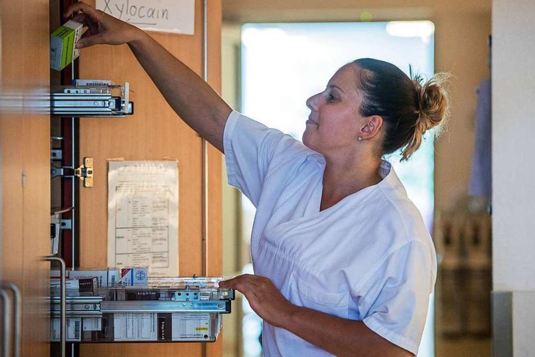 Die Fluktuation bei den Pflegekräften ...st in den vergangenen Jahren gesunken.  | Foto: Andreas Arnold