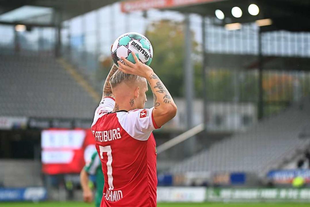 Jonathan Schmid am Ball gegen Werder Bremen.  | Foto: SC Freiburg/Achim Keller