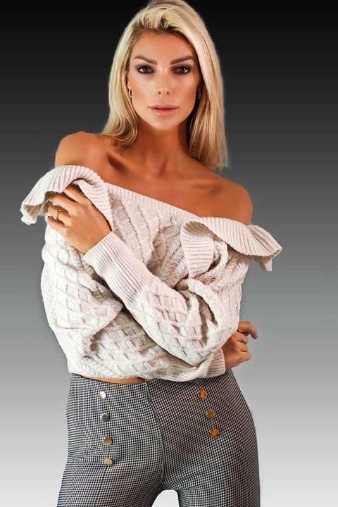 Model Annika Gassner aus Staufen hat a...ttenseiten ihres Berufs kennengelernt.    Foto: Markus Donner