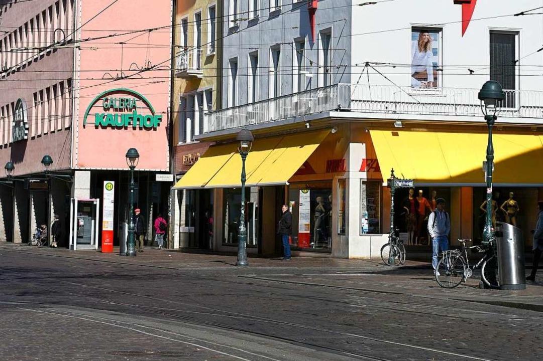 An der Ecke Kaiser-Joseph-Straße/Salzstraße stritten sich die beiden Männer.  | Foto: Thomas Kunz