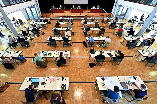 Quarantäne verlängert – fast die ganze Freiburger Stadtspitze verpasst Ratssitzung